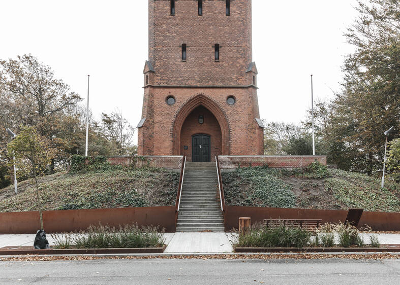 cobe landgangen tower entrance